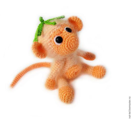 Игрушки животные, ручной работы. Ярмарка Мастеров - ручная работа. Купить Вязаная маленькая обезьянка. Handmade. Сувенир обезьянка купить