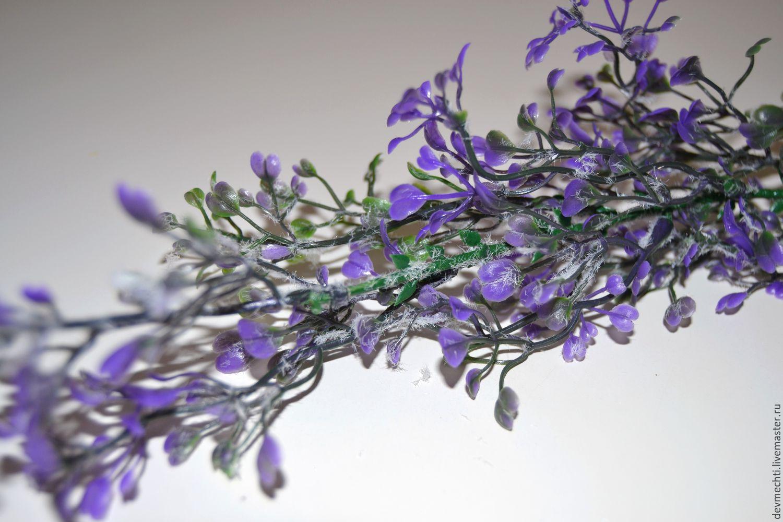 Ветка с цветами