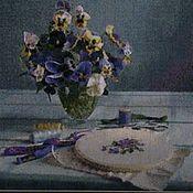 """Картины и панно ручной работы. Ярмарка Мастеров - ручная работа Вышитая картина """"Анютки"""". Handmade."""