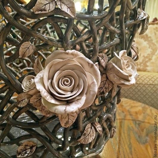 Кашпо `Прованс` серое. Плетеная керамика и керамические цветы Елены Зайченко