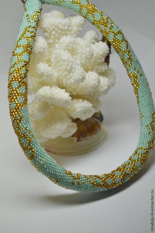 """Колье, бусы ручной работы. Ярмарка Мастеров - ручная работа. Купить Жгут из бисера вязаный """"Золотые цветы"""". Handmade. Мятный"""