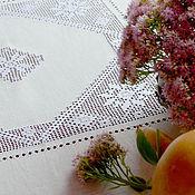 Для дома и интерьера ручной работы. Ярмарка Мастеров - ручная работа Скатерть квадрат 140см, лен, строчевая вышивка, мережки. Handmade.