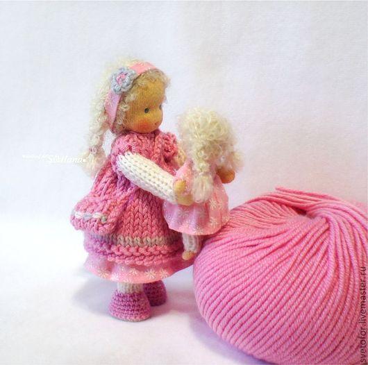Вальдорфская игрушка ручной работы. Ярмарка Мастеров - ручная работа. Купить Ягодка с кукленком, 12 см и 6 см. Handmade.