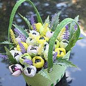 Цветы и флористика ручной работы. Ярмарка Мастеров - ручная работа Крокусы.............букет из конфет. Handmade.