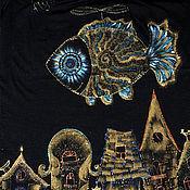 Одежда ручной работы. Ярмарка Мастеров - ручная работа Футболка Летающая золотая рыбка. Handmade.