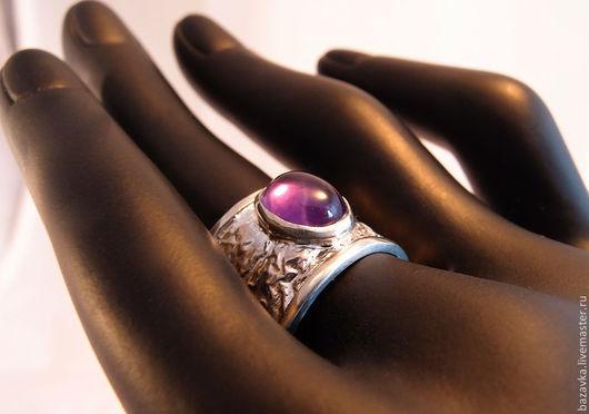 Кольца ручной работы. Ярмарка Мастеров - ручная работа. Купить Широкое серебряное кольцо с аметистом. Handmade. Серебряный, натуральный камень