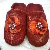 Обувь ручной работы. Ярмарка Мастеров - ручная работа Тапочки-шлепки валяные Мечта цвета бордо. Handmade.