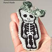 """Украшения ручной работы. Ярмарка Мастеров - ручная работа Брошь """"Свой скелет в шкафу"""". Handmade."""