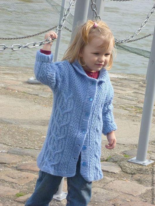 Одежда унисекс ручной работы. Ярмарка Мастеров - ручная работа. Купить вязаное детское пальто. Handmade. Голубой, верхняя одежда