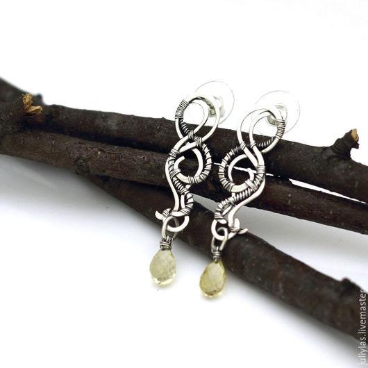 Серьги гвоздики длинные серебряные с цитрином украшение из серебра