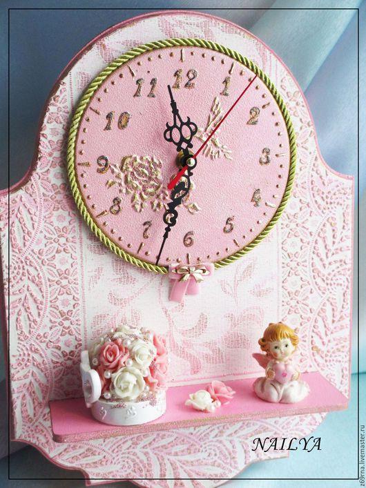 Часики в детскую `для маленькой принцессы`.