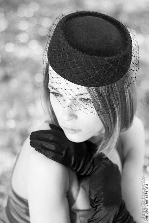 Шляпы ручной работы. Ярмарка Мастеров - ручная работа. Купить Таблетка с вуалькой черная. Handmade. Шляпка, шляпка-таблетка, вуаль