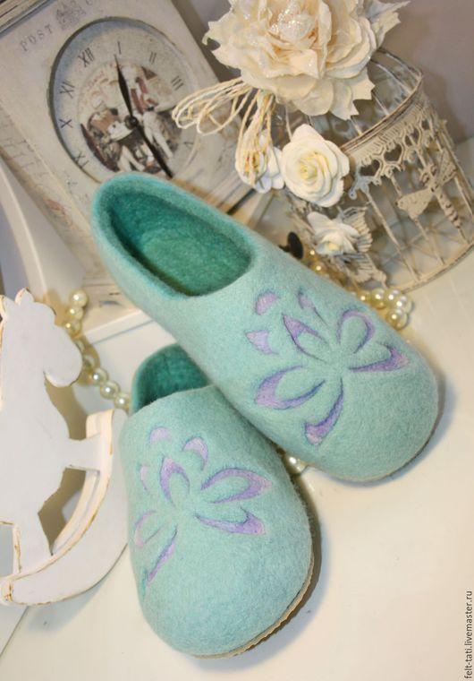 """Обувь ручной работы. Ярмарка Мастеров - ручная работа. Купить Тапочки """" Мятный Аромат"""". Handmade. Мятный, валяные тапочки"""