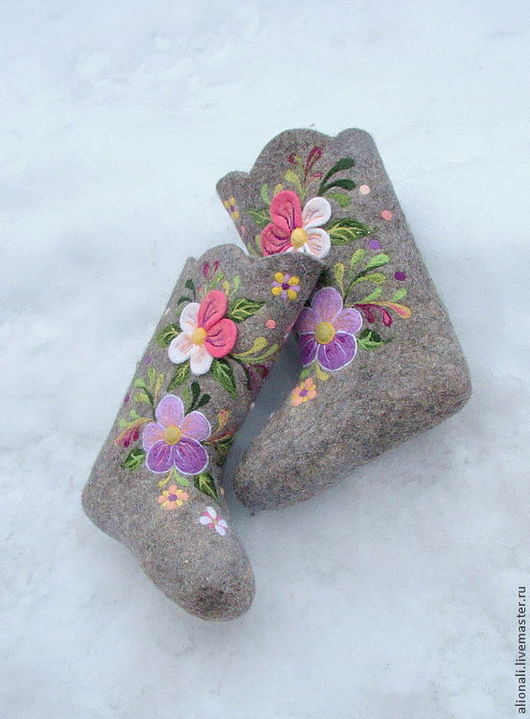 """Обувь ручной работы. Ярмарка Мастеров - ручная работа. Купить Валенки серые """"Цветущее поле"""".. Handmade. Валенки, дизайнерские валенки"""