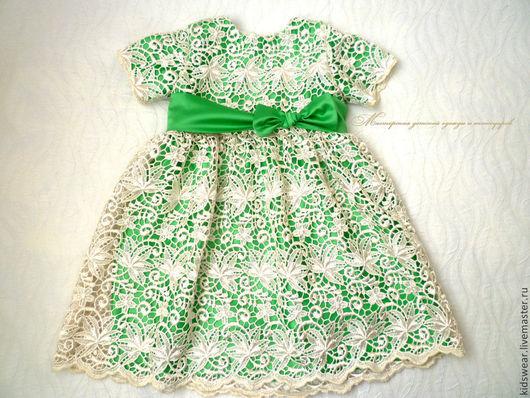 Чудесное романтичное платье как нельзя лучше подойдёт для встречи Нового года!
