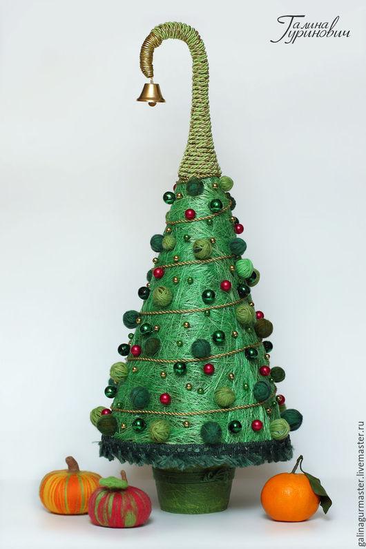 Новый год 2017 ручной работы. Ярмарка Мастеров - ручная работа. Купить Новогодняя елка «Зеленая красавица». Handmade. Тёмно-зелёный