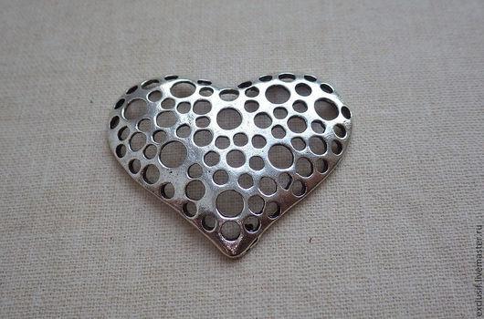 Для украшений ручной работы. Ярмарка Мастеров - ручная работа. Купить Подвеска сердце с отверстиями (античное серебро). Handmade. Подвеска