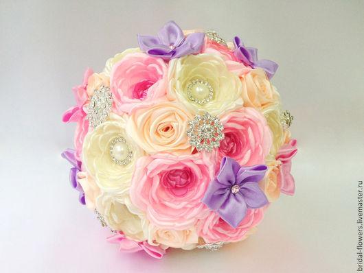 Свадебные цветы ручной работы. Ярмарка Мастеров - ручная работа. Купить Брошь букет невесты из пионов. Розовый и молочный. Handmade.