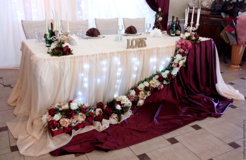 Украшение зала в цвете марсала фото