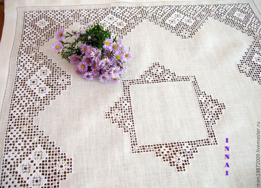 льняная кружевная скатерть с вышивкой белым по белому строчевая вышивка на белом льне ажурная скатерть украшение интерьера украшение стола