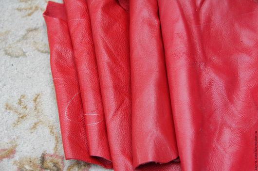 Шитье ручной работы. Ярмарка Мастеров - ручная работа. Купить №25 Красная.Овчина.1100 грамм.0.9-1 мм.Натуральная кожа. Handmade.