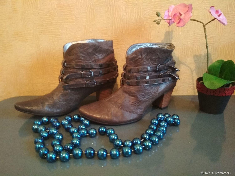 b0bc16cc4 Винтажная обувь. Ярмарка Мастеров - ручная работа. Купить Винтаж: Женские  ботинки из натуральной ...