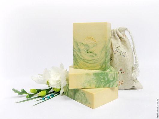 """Мыло ручной работы. Ярмарка Мастеров - ручная работа. Купить """"Белая гардения"""" натуральное мыло с шелком. Handmade. Мыло натуральное"""