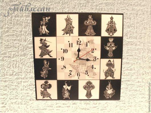 """Часы для дома ручной работы. Ярмарка Мастеров - ручная работа. Купить Часы настенные """"Рыцари и дамы"""". Handmade."""