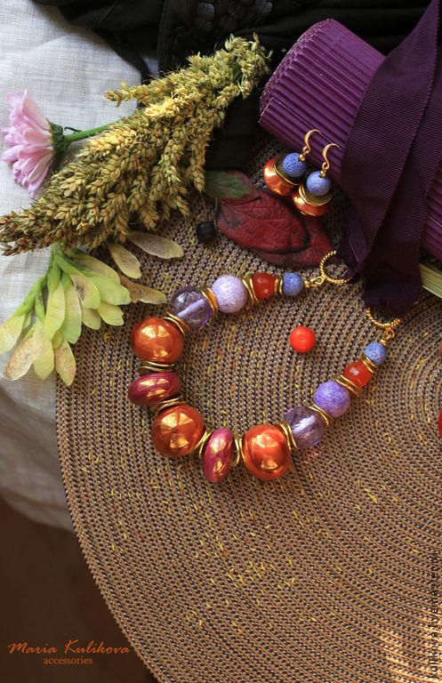 """Колье, бусы ручной работы. Ярмарка Мастеров - ручная работа. Купить """"Осенние цветы"""" бусы. Handmade. Сиреневый, оранжевый"""