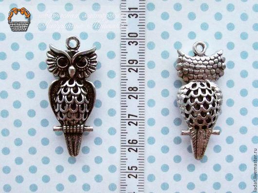2. Большая  сова 3D. Размер: 4,5см х 2 см.Цвет: серебро. Цена: 60 руб -1 шт. В наличии: 5 шт