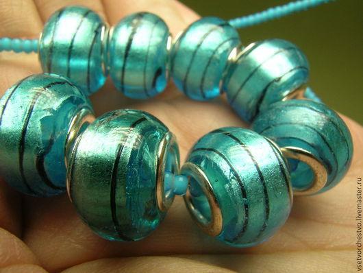 Для украшений ручной работы. Ярмарка Мастеров - ручная работа. Купить Бусина стеклянная, голубая. 15x15x10мм. Handmade. Голубой, стекло