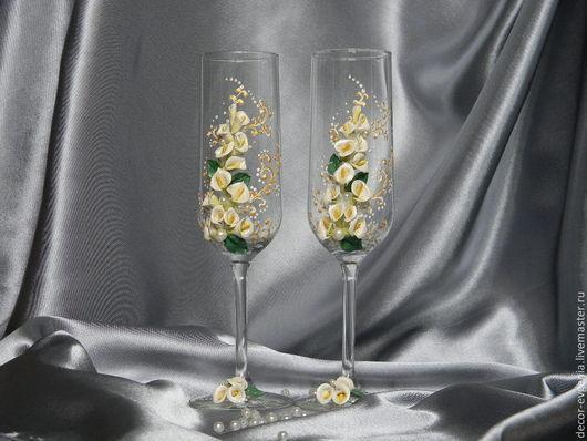Свадебные аксессуары ручной работы. Ярмарка Мастеров - ручная работа. Купить Свадебные бокалы с каллами. Handmade. Белый, бокалы для шампанского