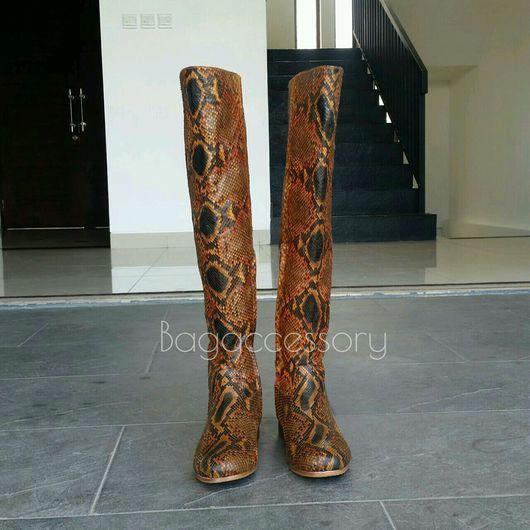 Обувь ручной работы. Ярмарка Мастеров - ручная работа. Купить Сапоги-ботфорты из натуральной кожи питона. Handmade. Сапоги