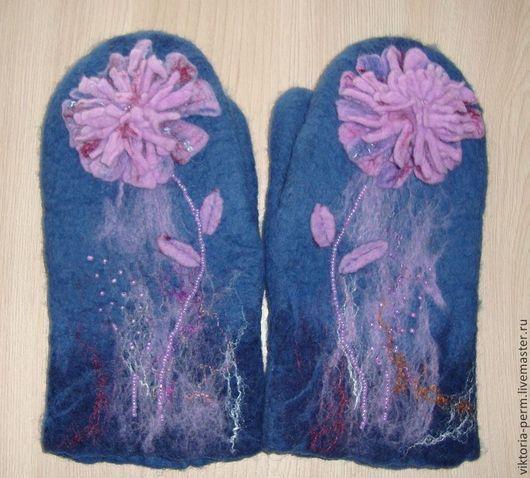 """Варежки, митенки, перчатки ручной работы. Ярмарка Мастеров - ручная работа. Купить Варежки""""Зимний цветок"""". Handmade. Тёмно-синий"""