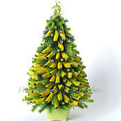 Подарки к праздникам ручной работы. Ярмарка Мастеров - ручная работа Елка новогодняя из бананов декоративная елочка. Handmade.