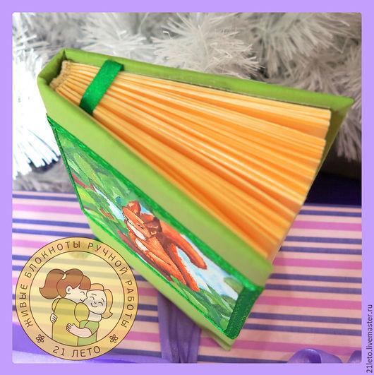 Блокноты ручной работы. Ярмарка Мастеров - ручная работа. Купить Блокнот с белочкой. Handmade. Зеленый, живопись маслом, подарок на новый год