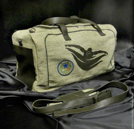Спортивные сумки ручной работы. Ярмарка Мастеров - ручная работа. Купить Мужская сумка спортивная Большая сумка на плечо Пловец Подарок мужчине. Handmade.