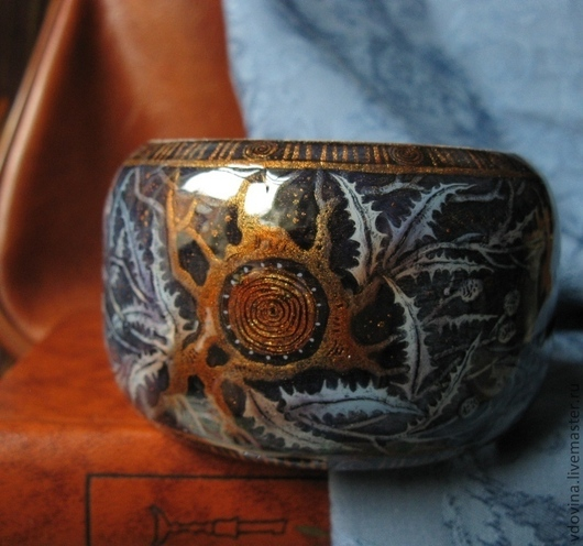 Браслеты ручной работы. Ярмарка Мастеров - ручная работа. Купить браслет с росписью Чертополох. Handmade. Сизый, широкий браслет