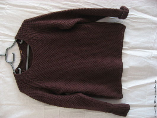 Комфортная кофта из натуральной шерсти, размер от 44 до 52. Мягкая и нежная, практичная кофта для ежедневной носки будет согревать, дарить тепло и уют. В наличии. 800 руб. По доставке возможны все варианты.