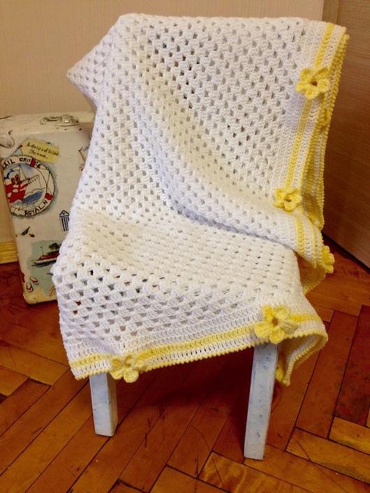"""Пледы и одеяла ручной работы. Ярмарка Мастеров - ручная работа. Купить Плед """"солнечный цветочек"""". Handmade. Плед для новорожденного, подарок"""