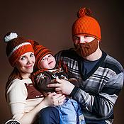 Аксессуары ручной работы. Ярмарка Мастеров - ручная работа Семейный комплект вязаных шапок с помпонами. Handmade.