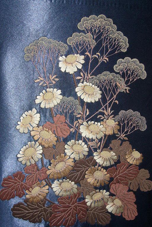 """Картины цветов ручной работы. Ярмарка Мастеров - ручная работа. Купить вышитая картина """"В ожидании рассвета"""". Handmade. Гладь"""