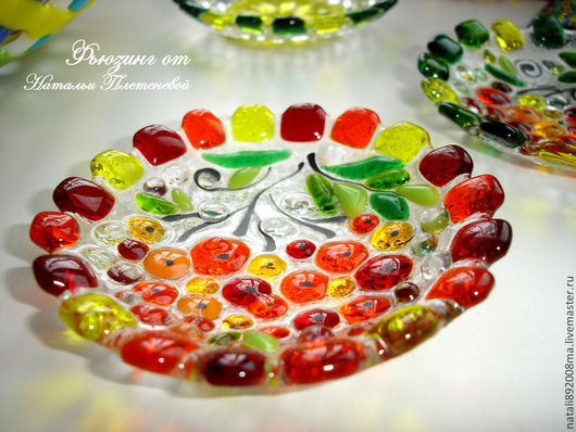 """Тарелки ручной работы. Ярмарка Мастеров - ручная работа. Купить Тарелочка """"Рябинка"""" из стекла. Фьюзинг. Handmade. Оранжевый, блюдо из стекла"""