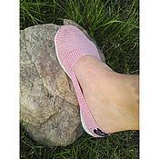 Обувь ручной работы. Ярмарка Мастеров - ручная работа Вязаные крючком слипоны, пудрового цвета. Handmade.