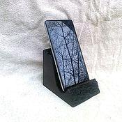 Сумки и аксессуары ручной работы. Ярмарка Мастеров - ручная работа подставка под телефон из мореного дуба. Handmade.