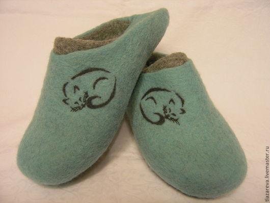 """Обувь ручной работы. Ярмарка Мастеров - ручная работа. Купить Валяные тапочки """"Тише мыши..."""". Handmade. Тёмно-бирюзовый"""
