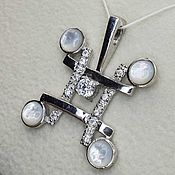 Украшения handmade. Livemaster - original item Silver pendant with 5 mm mother of pearl and cubic zirconia. Handmade.
