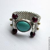 кольцо с бирюзой и гранатами