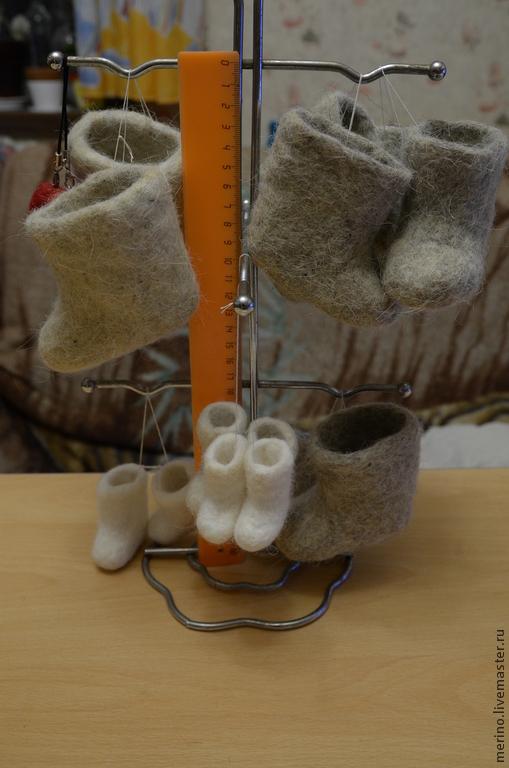 Одежда для кукол ручной работы. Ярмарка Мастеров - ручная работа. Купить валенки. Handmade. Обувь для кукол, обувь ручной работы