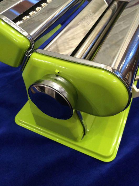Паста-машина с насадкой для нарезки- 5490рублей.